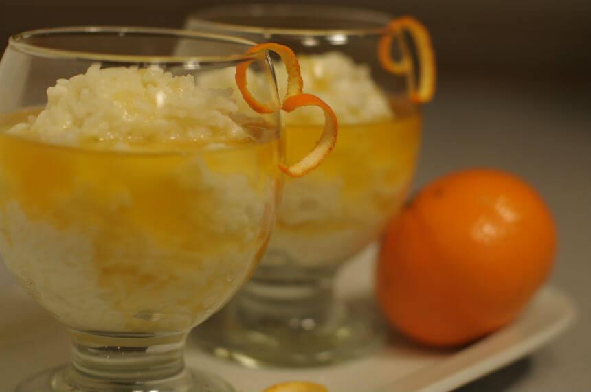 Riža na mlijeku s umakom od naranče - Fini Recepti