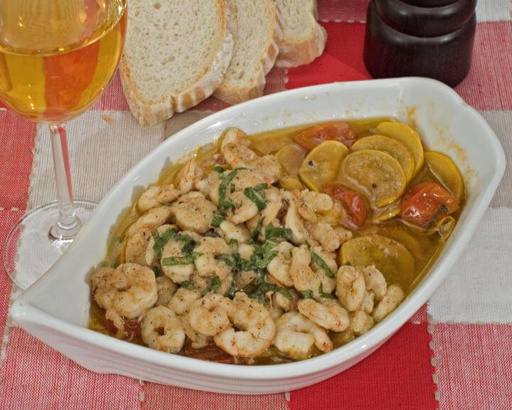 Salata od plodova mora s tikvicama - Fini Recepti