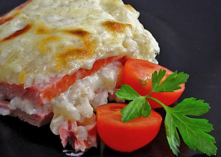 Slani puding od riže i mesnog sira