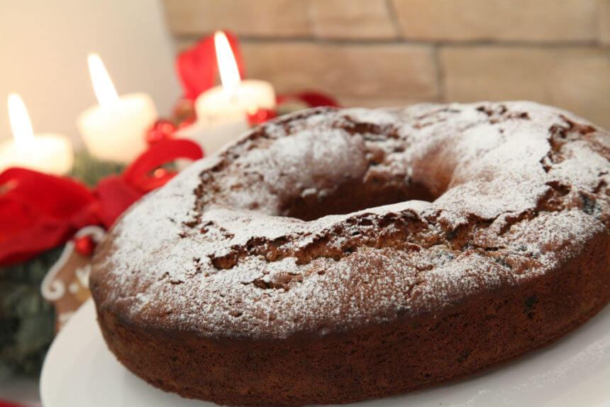 Sočni kolač sa sušenim voćem - Fini Recepti by Crochef