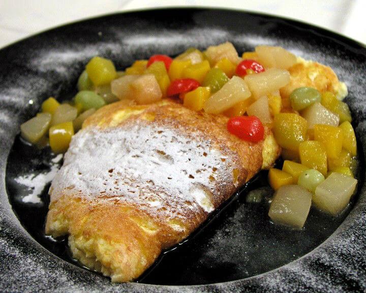 Voćni souffle omlet