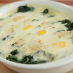 Špinat s jajima i bešamel umakom