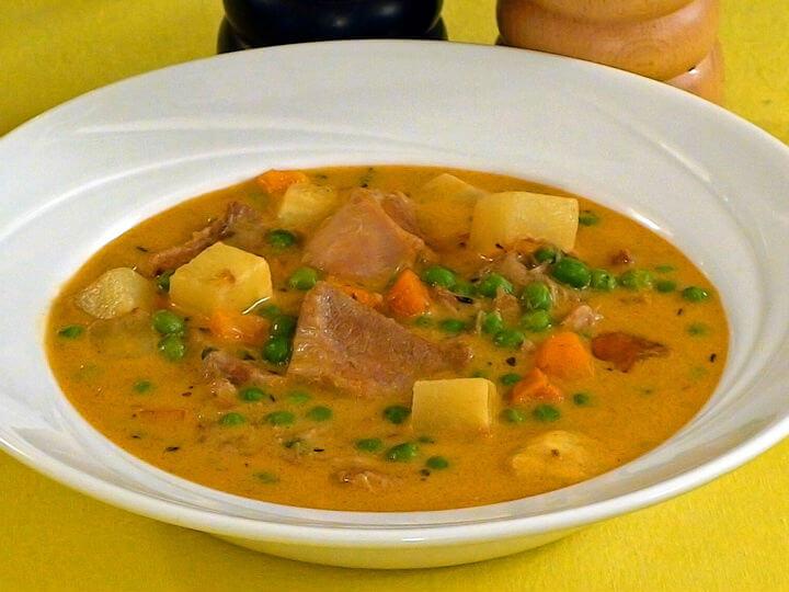 Svinjski ragu s povrćem - Fini Recepti