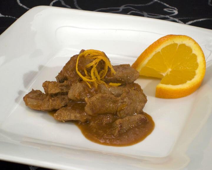 Teletina s narančama iz woka - Fini Recepti