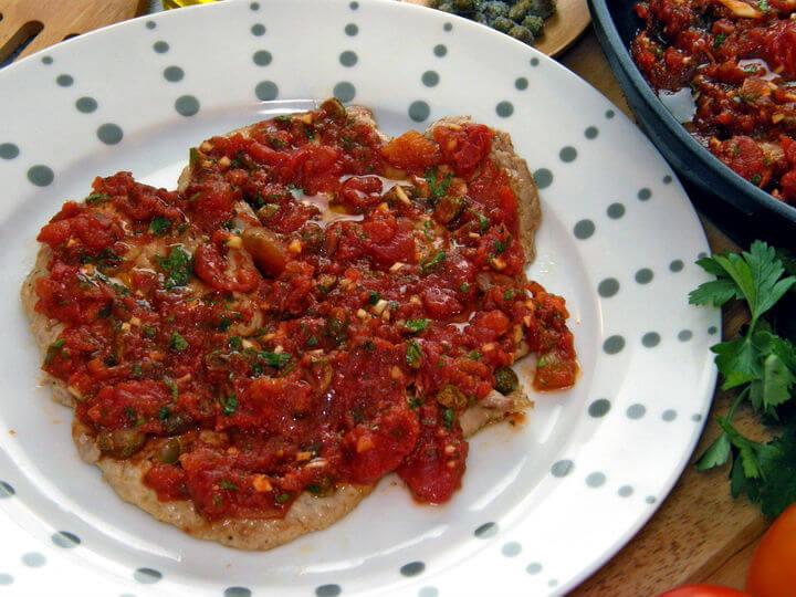 Teleći odresci u umaku od rajčice - Fini Recepti