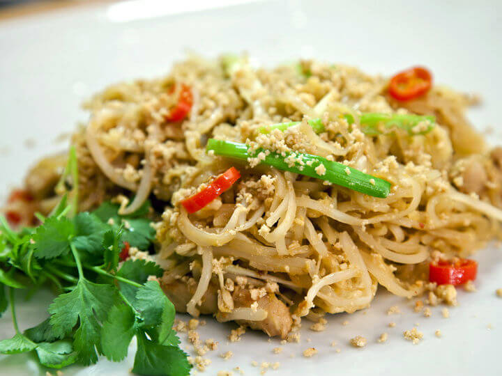 Pad thai muh (tjestenina sa svinjetinom) - Fini Recepti by Crochef