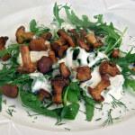 Topla salata od lisičarki