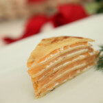 Torta od palačinki s dimljenim lososom