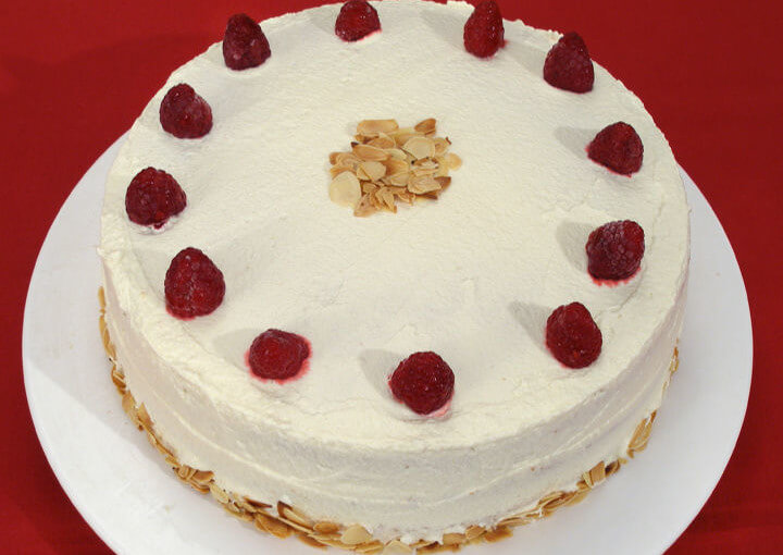 Krem torta s malinama