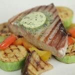 Tuna i povrće s grila