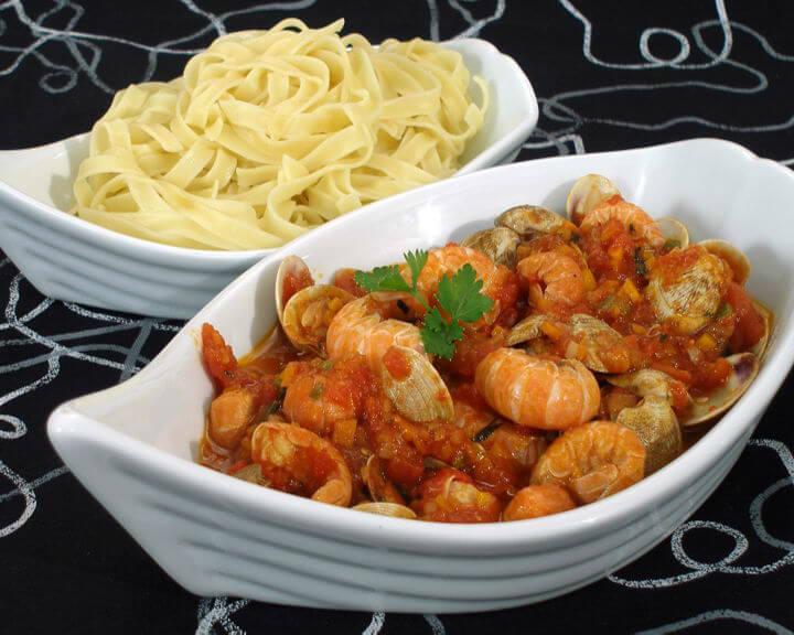 Umak od školjaka i škampa - Fini recepti