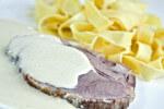 Svinjska vratina u mliječnom umaku - Fini Recepti by Crochef