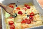Zapečeni file bijele ribe s rajčicom i mozzarellom