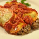 Zapečeni cannelloni s umakom od rajčice i luka