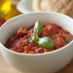 Gusta juha od rajčica i lepinje