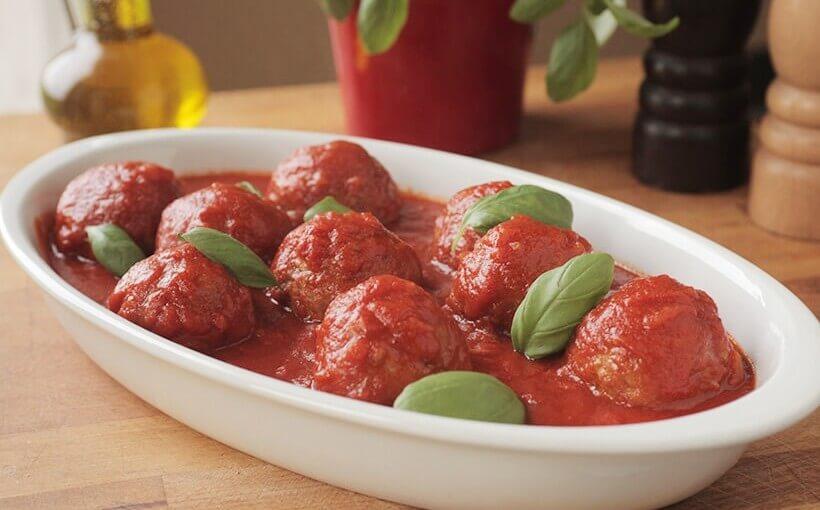 Polpete od mljevenog mesa u umaku od rajčice