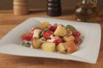 Salata panzanella - salata od kruha, maslina i mini rajčica