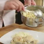 Pileći karabatci s češljancima u umaku od sira i šampinjona