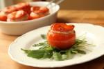 Punjene rajčice s tunom i lukom