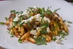 Češljanci s povrtnim mix-om, slanim inćunom i feta sirom (10)