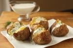 Krumpir pečen u kori s nadjevom od sira i milerama