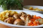 Kuhana piletina s povrćem i širokim rezancima
