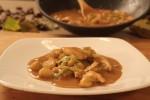 Pileći curry s kestenima i kokosovim mlijekom