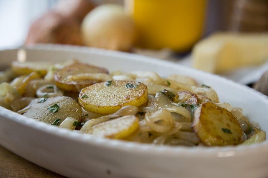 Prženi krumpir na lionski način