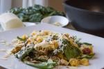 Salata s pancetom, feta sirom, špinatom i couscousom (3)