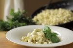 Tjestenina u umaku od gorgonzole i graska