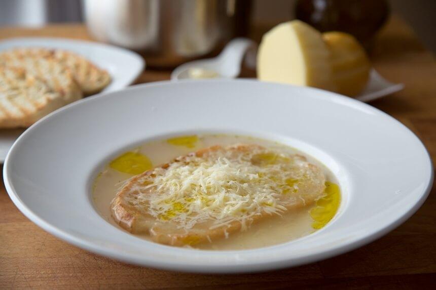 Toskanska juha sa zapečenim kruhom (3)