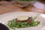 Juneća pisanica s mozzarellom i kaduljom
