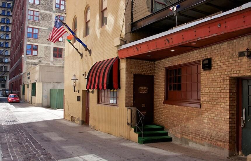 safe house - restoran sigurna kuca