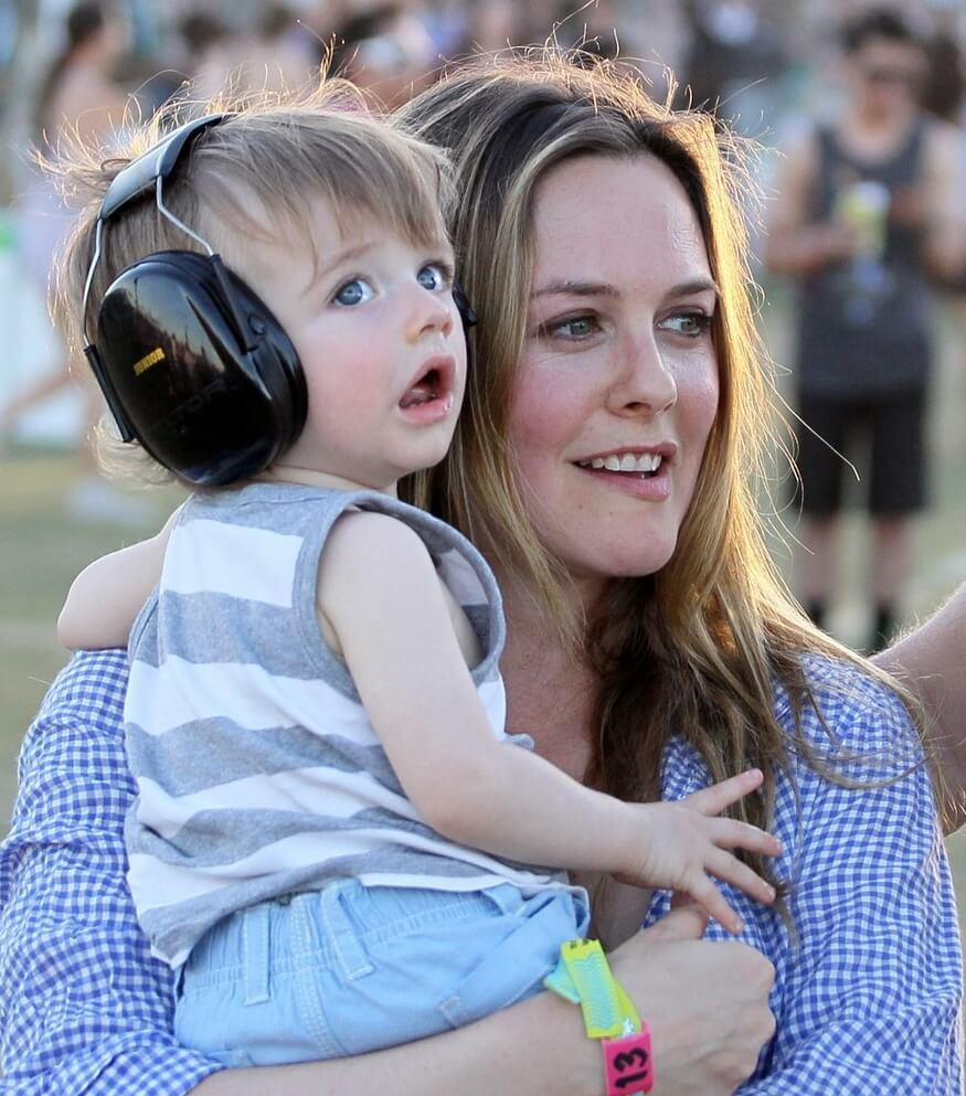 alicia silverstone with baby