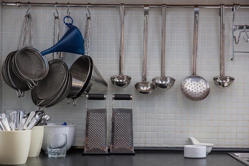 kuhinjski-pribor