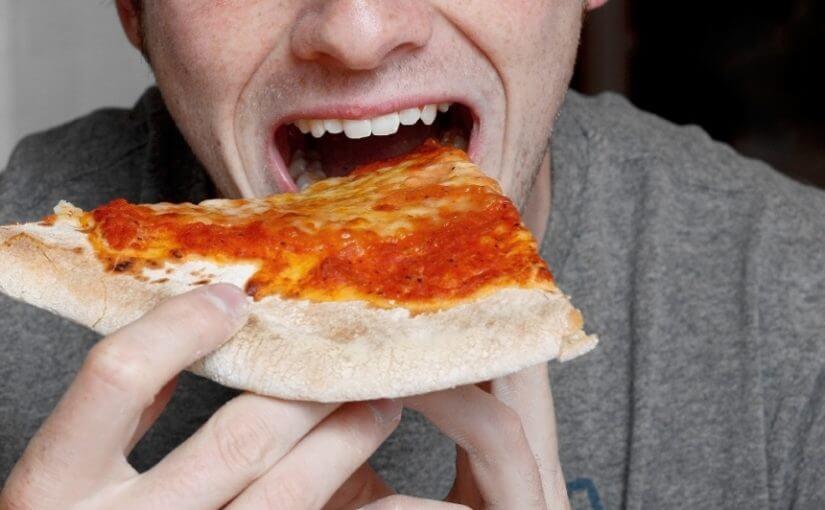 Način na koji jedete pizzu puno govori o vašoj osobnosti