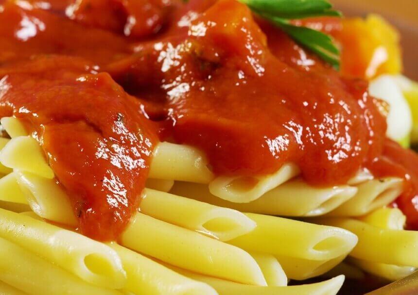 tjestenina-s-umakom