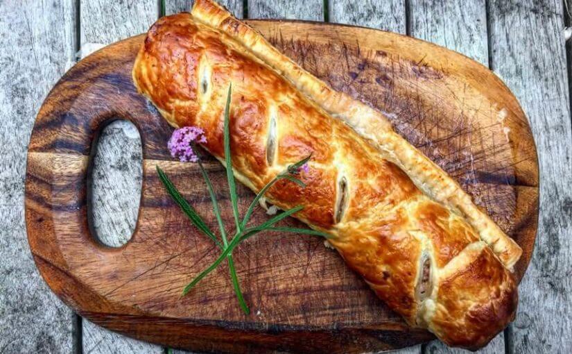 Rolada od lisnatog tijesta punjena šunkom, sirom i tikvicama