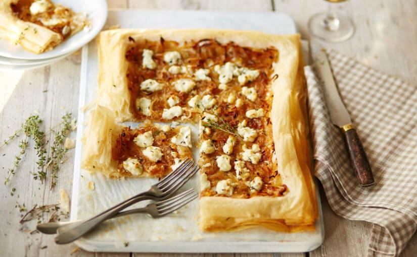 Lisnati kolač od luka i kozjeg sira