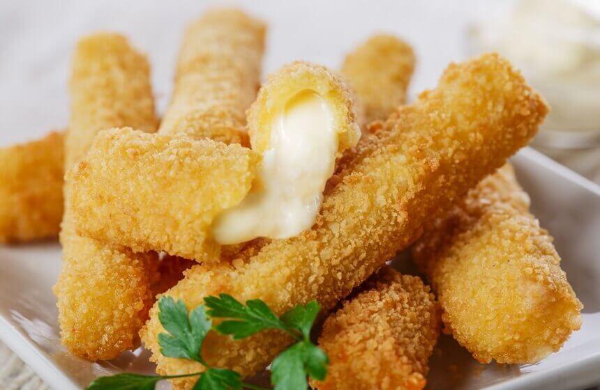 pohani-stapici-od-mozzarelle