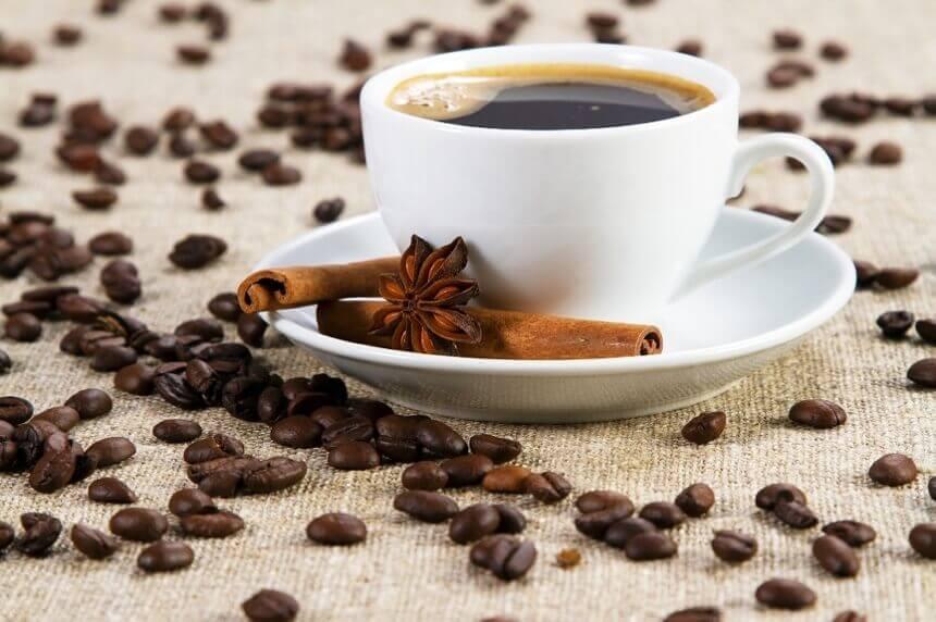 salica-i-zrna-kave
