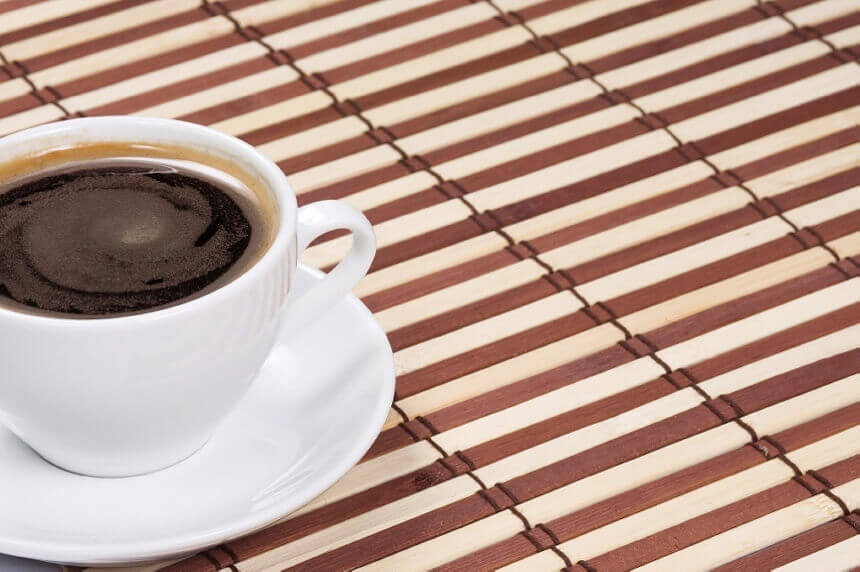 salica-kave-na-podmetacu