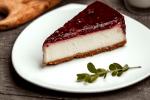 Cheesecake sa šumskim voćem bez želatine