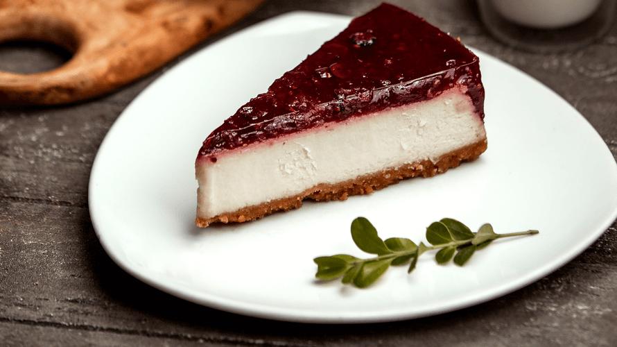 Cheesecake od šumskog voca bez želatine