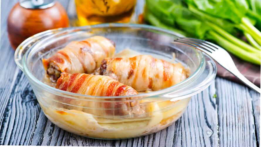 Rolana piletina sa šunkom is rom u umaku