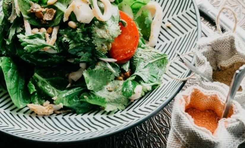 Salata od ječma i jaja
