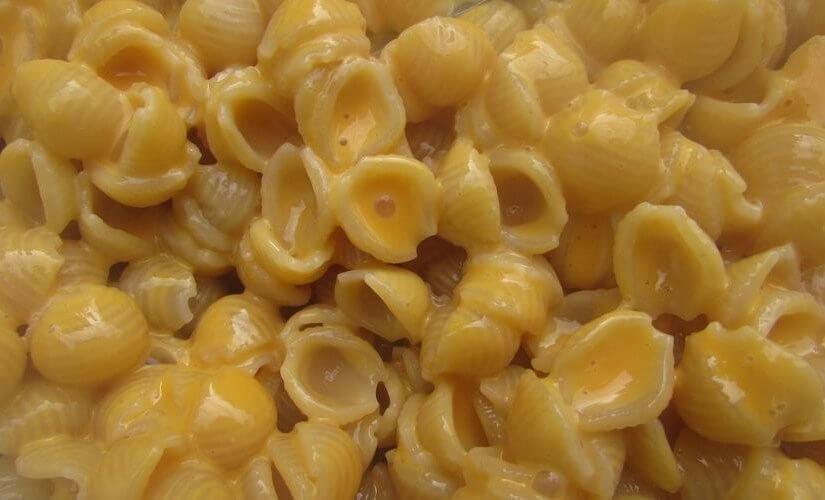 Zapečena tjestenina s kiselim vrhnjem